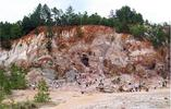 Graves Mountain. Graves Mountain is a unique geological formation located in Lincoln County, Georgia.